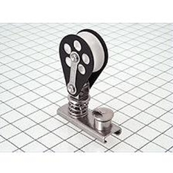 "Schaefer Spring Loaded Jib Lead Block with 3/4"" Track Slide 1000 LBS  Track Size 3/4"" x 1/8"" (19 mm x 3 mm), Boat Size Up To LOA, Displ., Sail Area: 20', 2000 lbs., 225 sq. ft. (6 m, 910 kg, 21 m2), Sheave Dia. 1-7/16"" (40 mm), Max Line 7/16"" (11 mm), L 2"